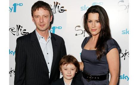 John Simm with wife Kate Magowan and their son, Ryan, in 2009. Photo: Dave Hogan/Getty