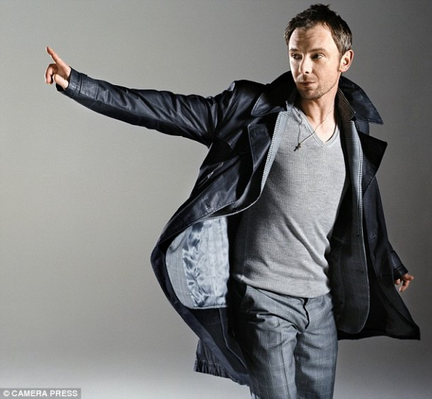 It's A Man's World: John Simm