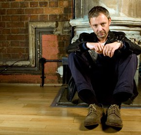 John Simm: 'I am not comfortable being myself in front of acrowd'