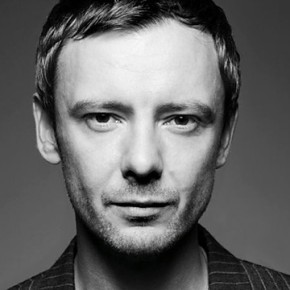 Radio Interview: Nikki Bedi with John Simm