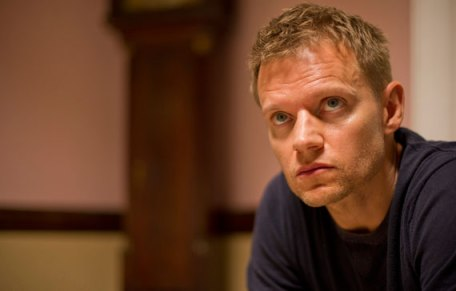 Marc Warren in a scene from Mad Dogs, Episode 3